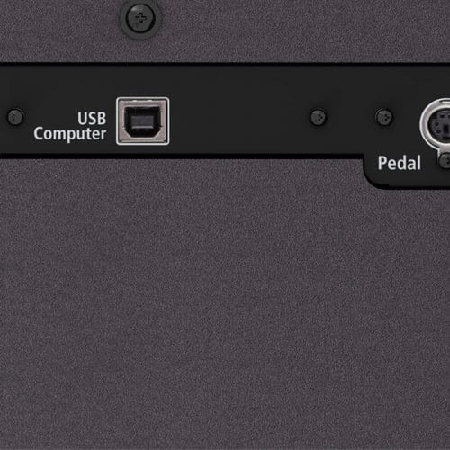 Roland F701 connectique USB